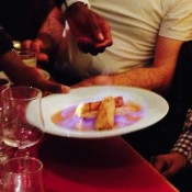 Le 8 mai au Page 35 - Dessert flambé au Calvados
