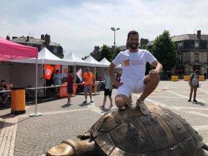 Après l'ascension de la tortue place de la victoire, nulle marche ne pouvait résister à Ludo !